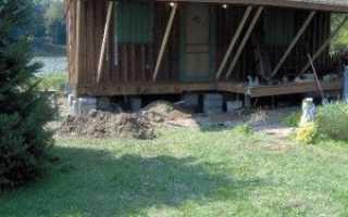 Фундамент под старый деревянный дом: укрепление, работа с венцом, инструкция по ремонту, методы и коррекция