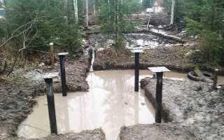 Какой фундамент лучше на болотистой местности — строительство своими руками