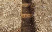 Ленточный фундамент на склоне: характеристики, инструменты и материалы, планирование, инструкция по строительству по этапам