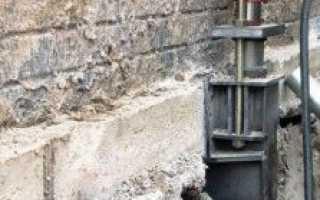 Восстановление фундамента под деревянным домом: подъём здания