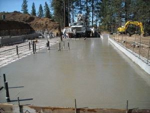 Свежезалитый бетон