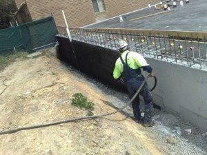 Покрытие стен цоколя жидкой резиной