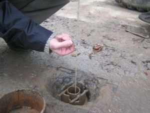 Скважина для определения уровня грунтовых вод
