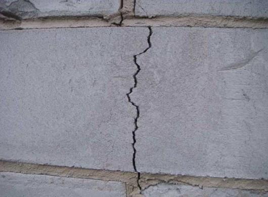 Трещины в керамзитобетонных блоках