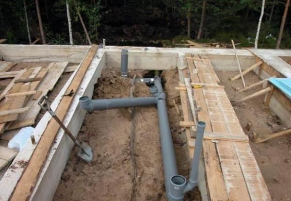 Прокладка канализации под МЗЛФ